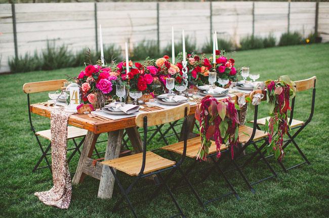 romantic red tablescape