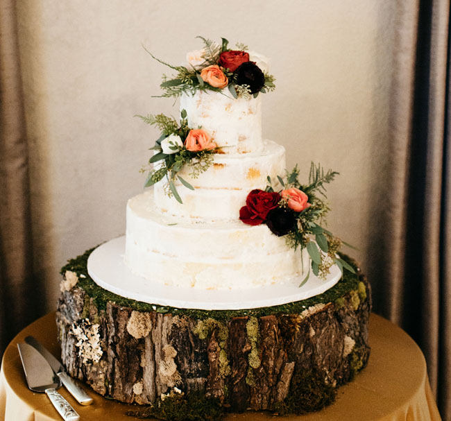 forest green wedding cake mountain getaway wedding nick green 14405
