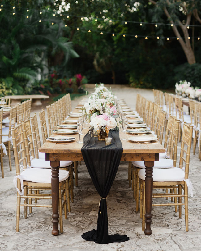 black table runners