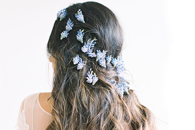 flowers_in_hair