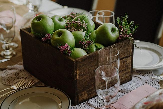 apple box centerpiece