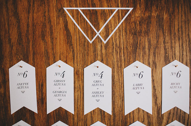 wooden tag escort card display
