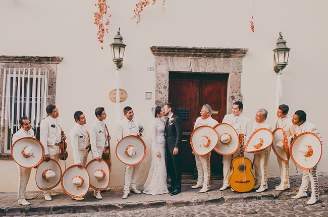 A Mid Winter Night's Dream Wedding in Mexico: Mia + Guillermo