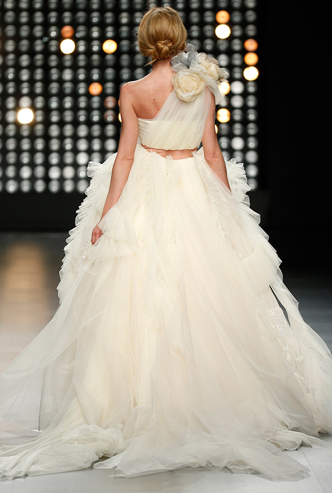 25th Anniversary Wedding Dresses