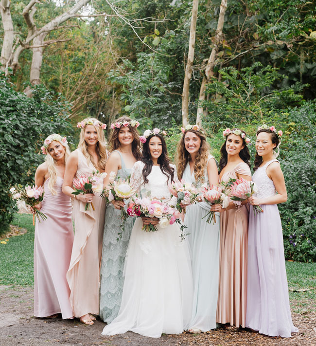 Bohemian florida garden wedding brittney alex green for Bridesmaid dresses for a garden wedding