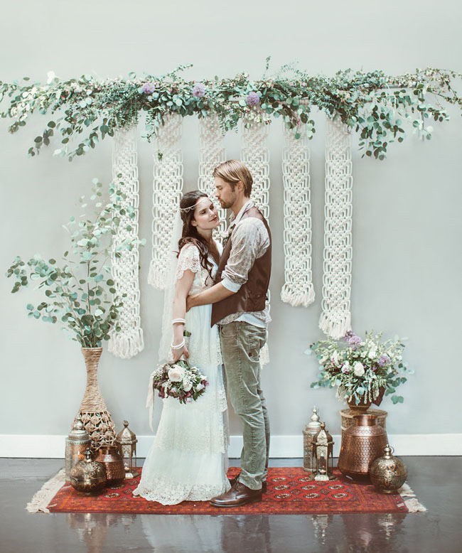 macrame and garland backdrop