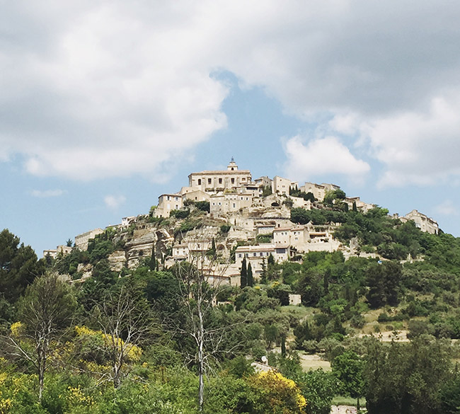 gordes in provence