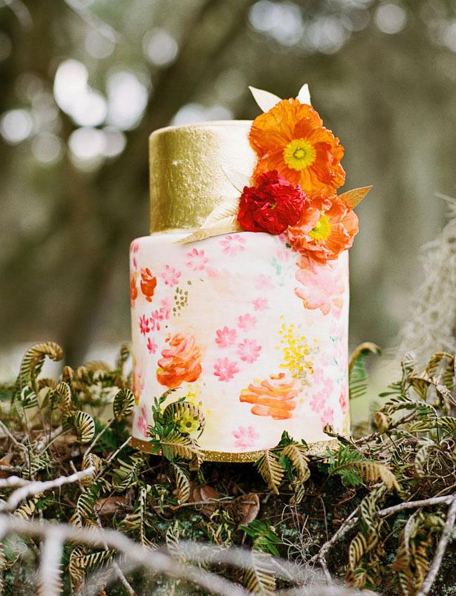 gold floral cake