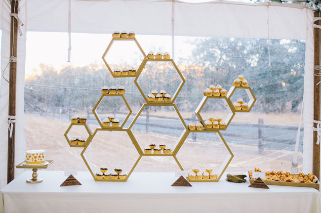 honeycomb cupcake display