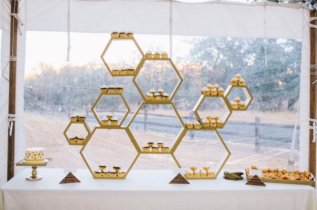 honeycomb cupcake display