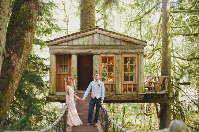 Bohemian Treehouse Elopement: Arianne + Blake | Green ...