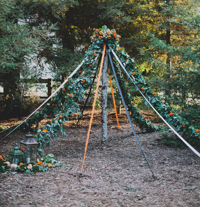 floral maypole