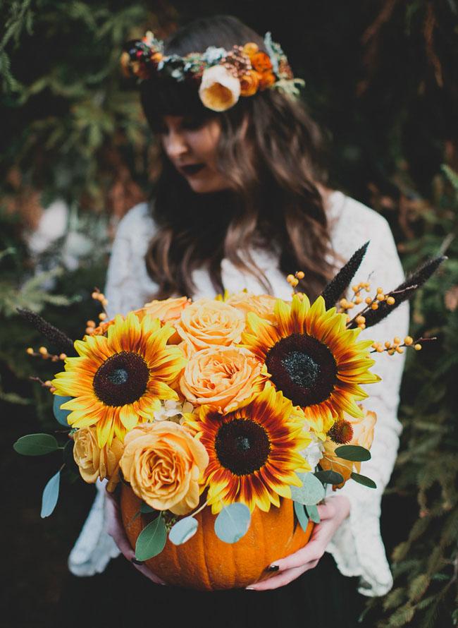 pumpkin sunflower centerpiece