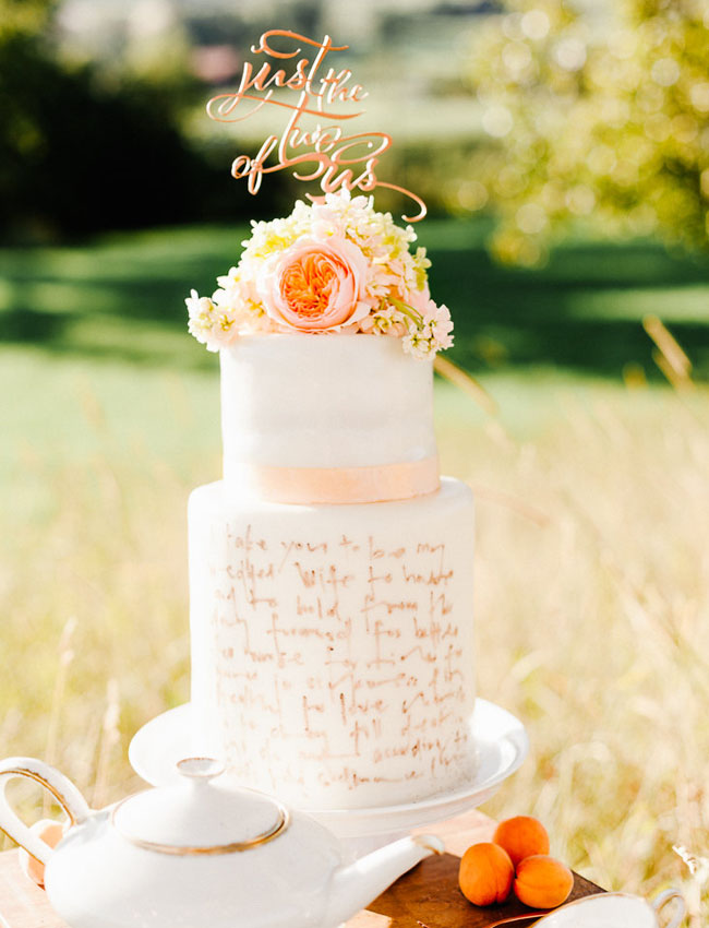 calligraphy cake