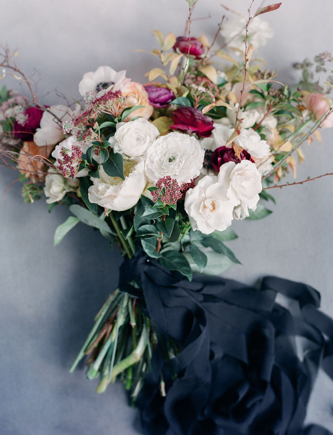 dark ribbon bouquet