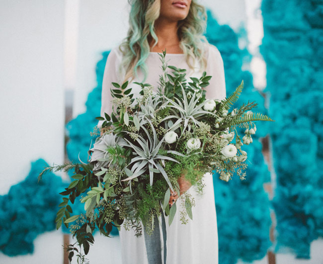 loose green bouquet