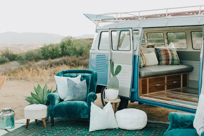 vw bus lounge