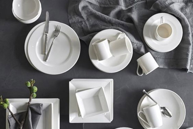 & Fortessa Dinnerware from Williams-Sonoma - Green Wedding Shoes