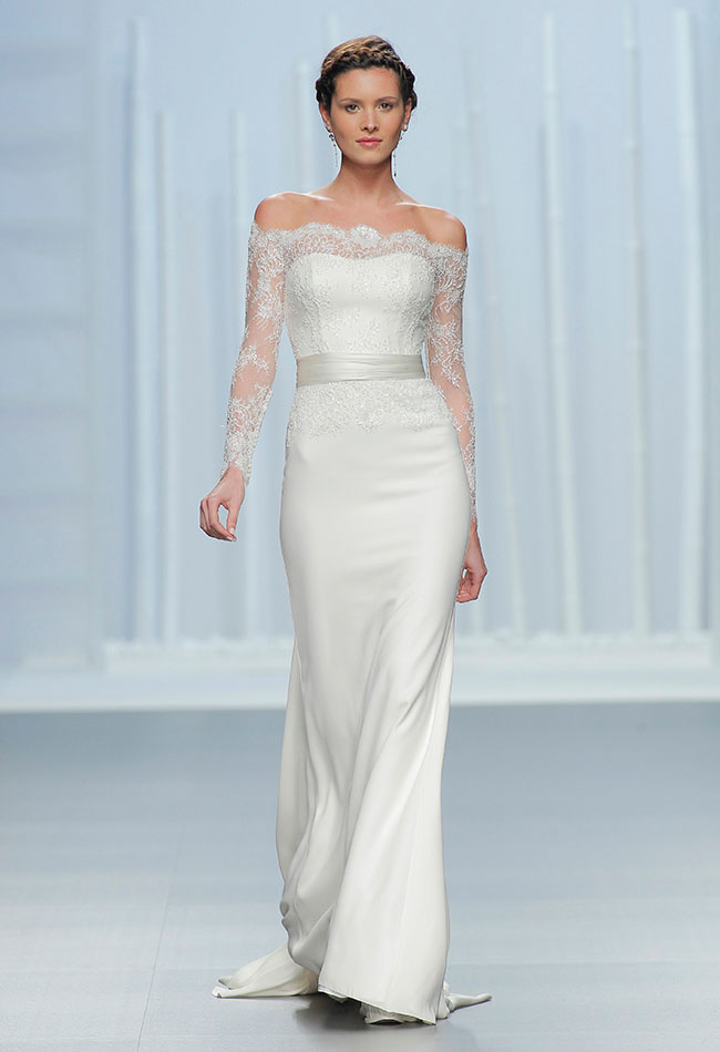 Gorgeous, Modern Wedding Dresses from Rosa Clará - Green Wedding Shoes