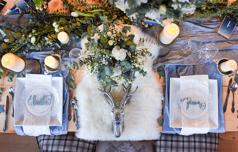 4lovepolkadots winter tablescape
