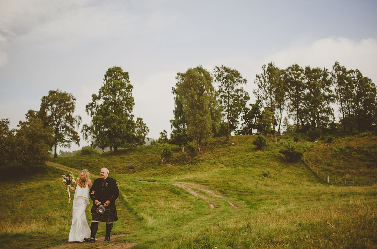 Rainy Scottish Countryside Wedding Tracey Ben Green