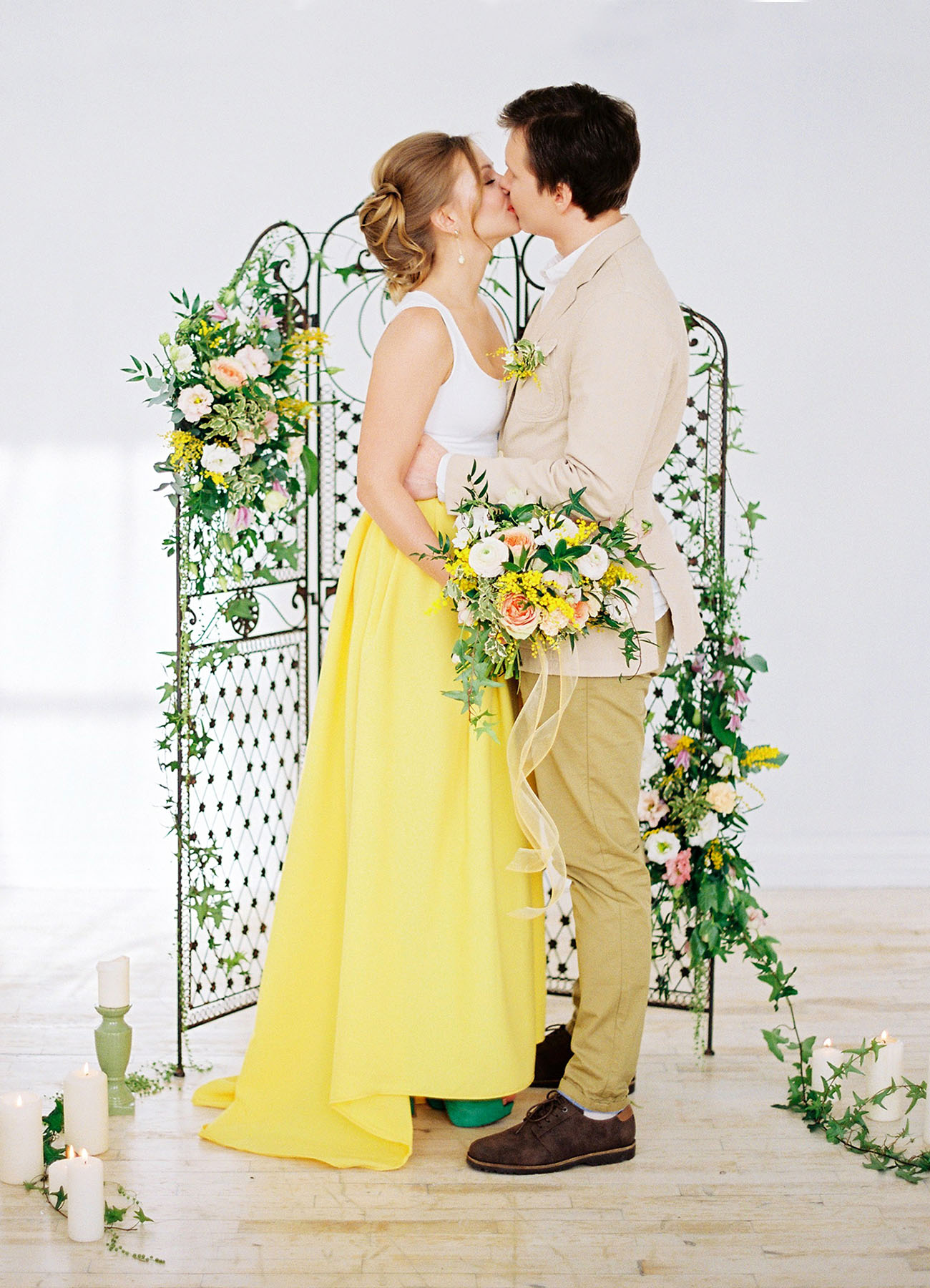 Tropical Spring Wedding Inspiration