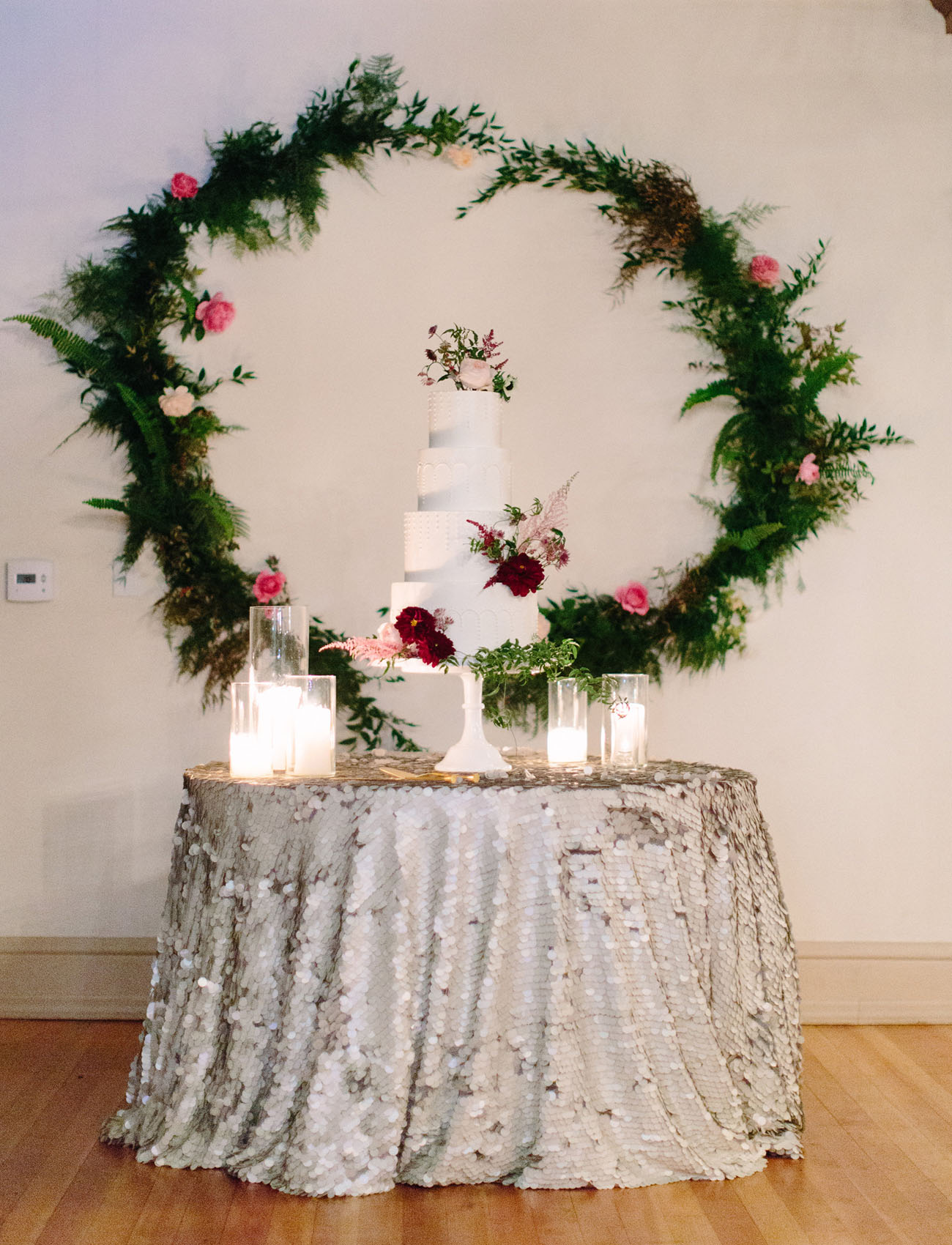 wreath cake backdrop