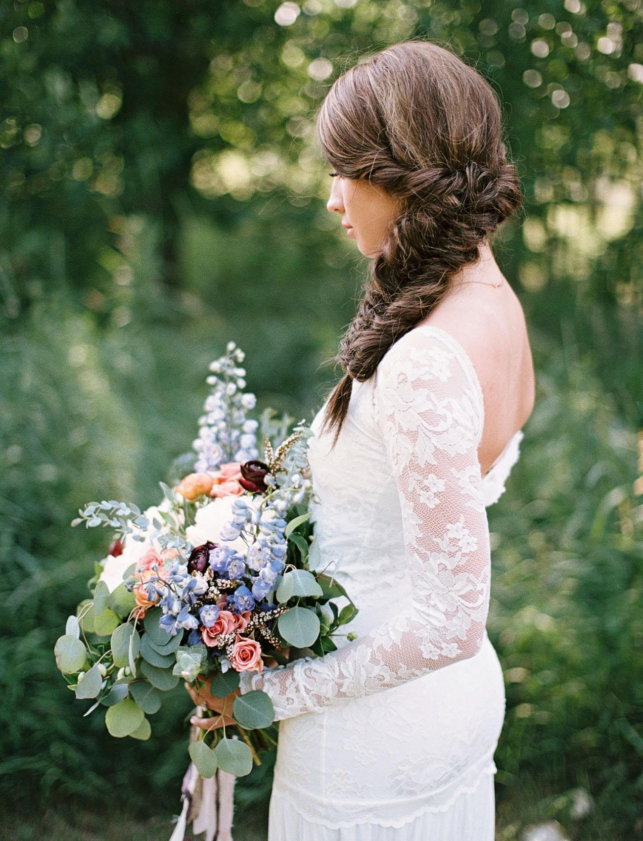 lace sleeve dress