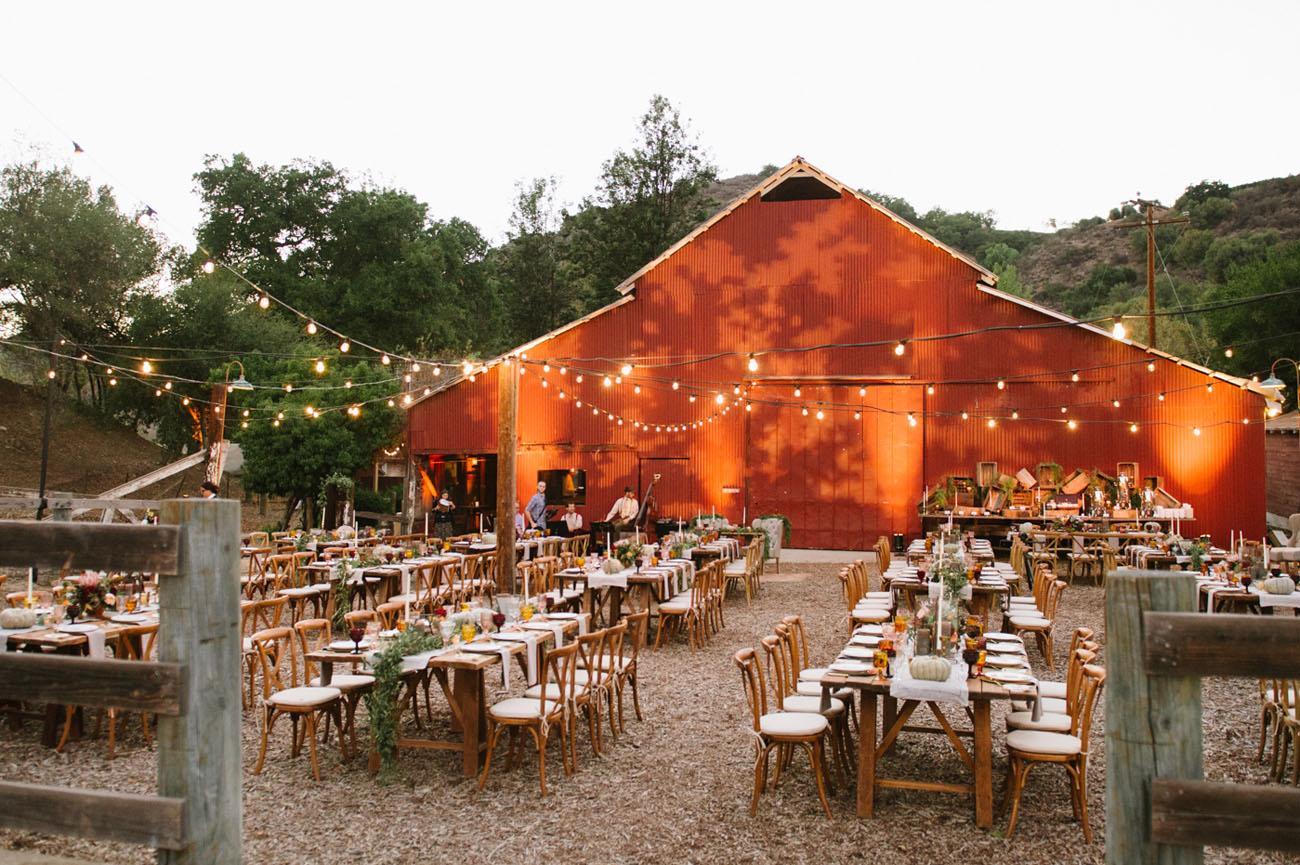 Modern Barn Wedding at Ojai Vally Inn and Spa  Junebug