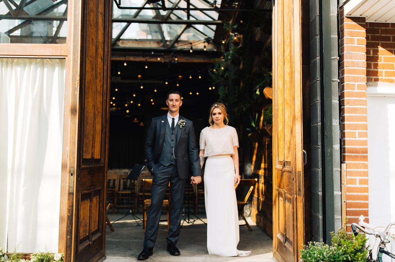 Brooklyn Winery Wedding.Stylish Brooklyn Winery Wedding Katy Lee Green Wedding