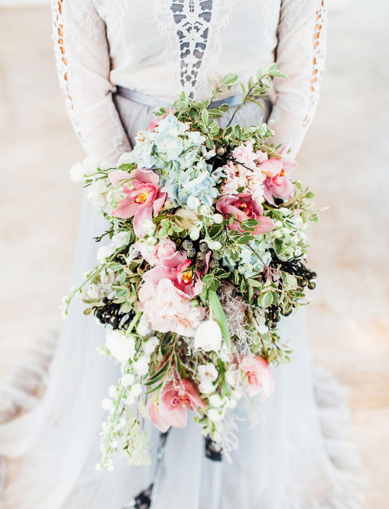 cascading pantone bouquet