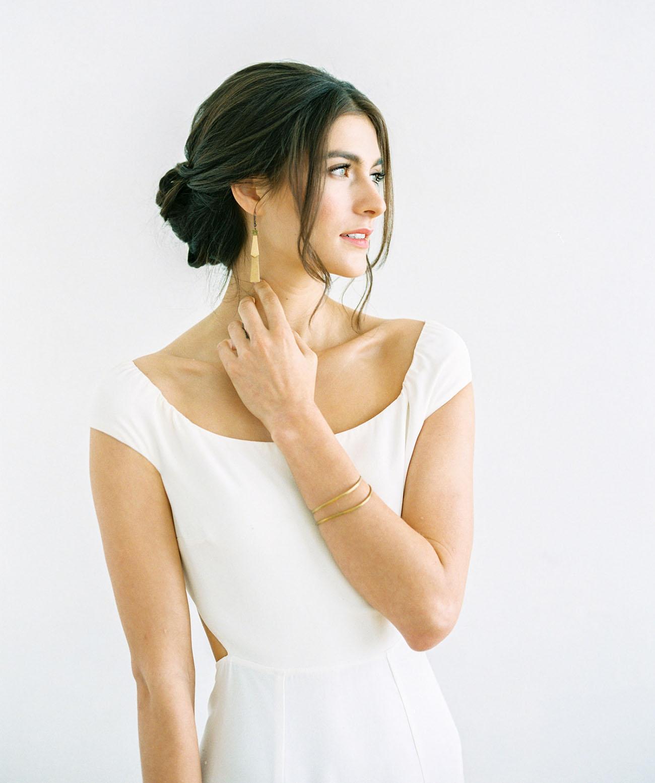 white sleeve dress
