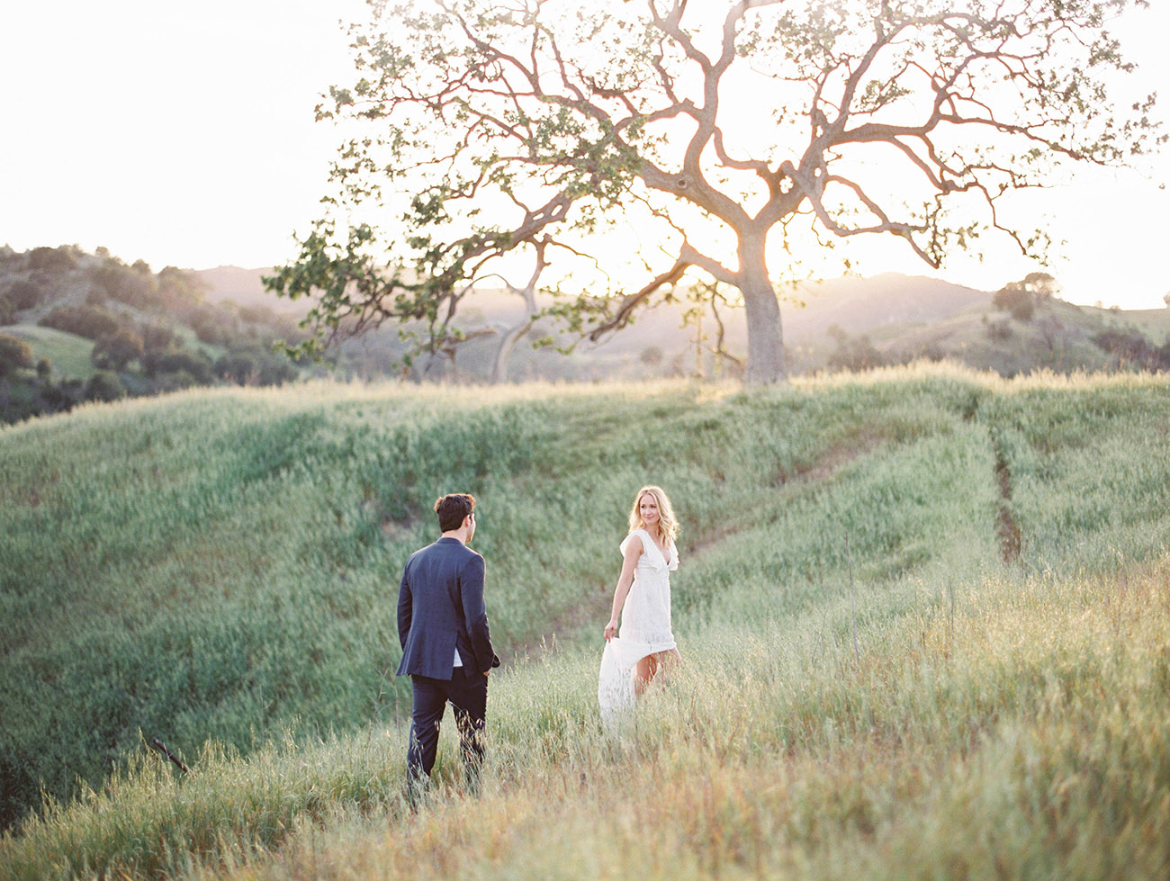 Anna Camp and Skylar Astin Engagement Photo