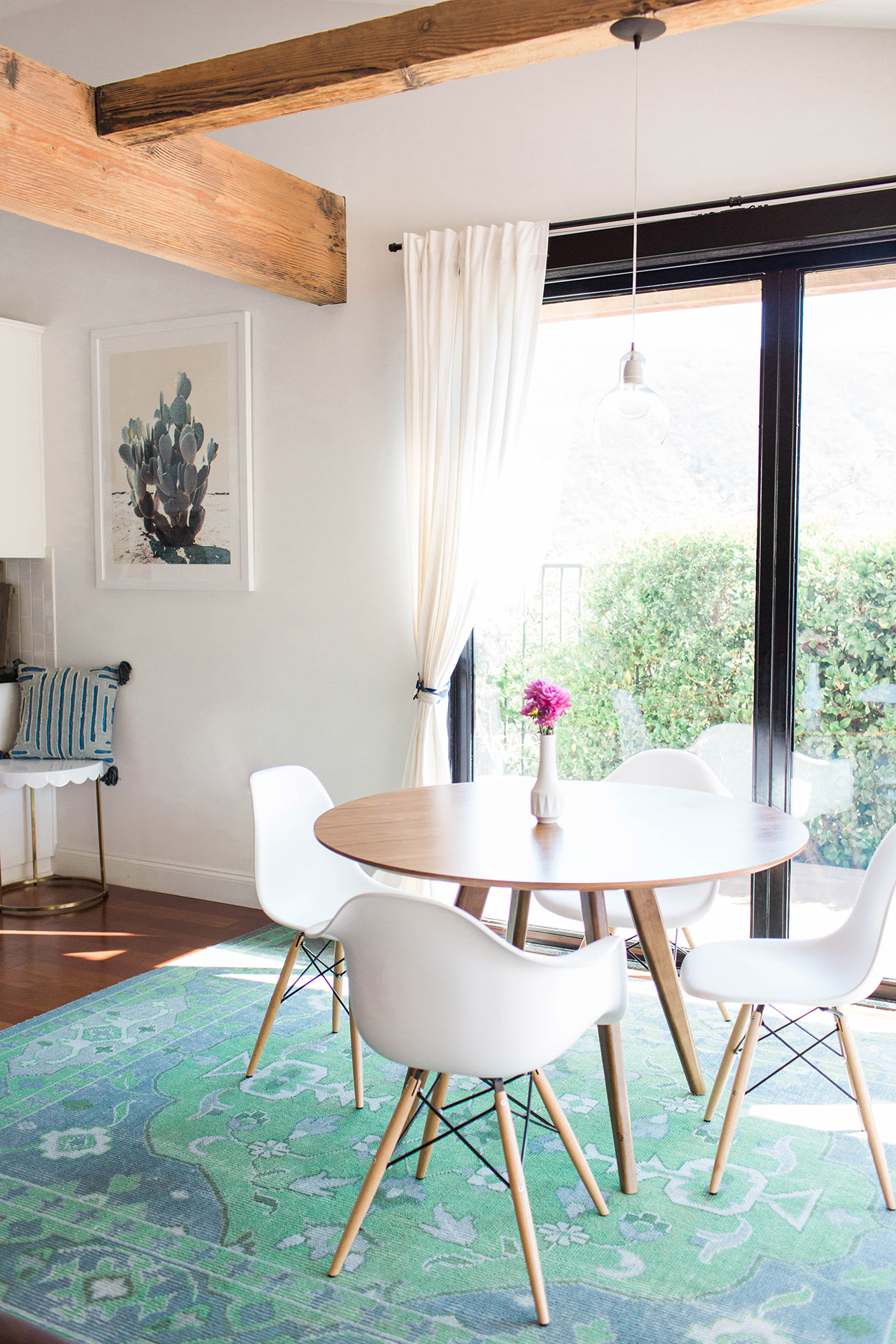 Modern Dining Room Inspiration