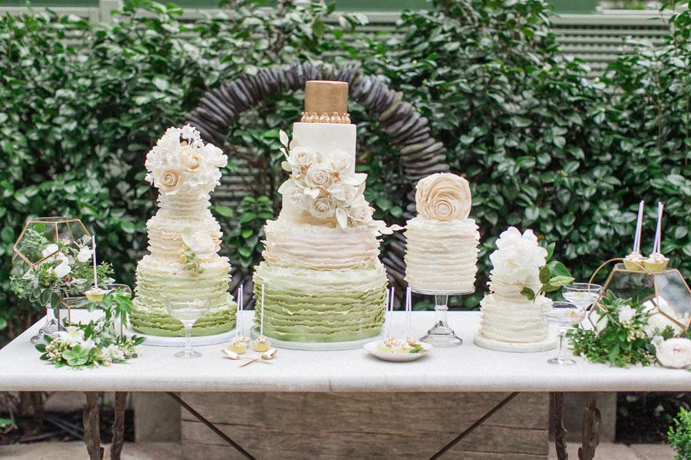green ruffle cakes