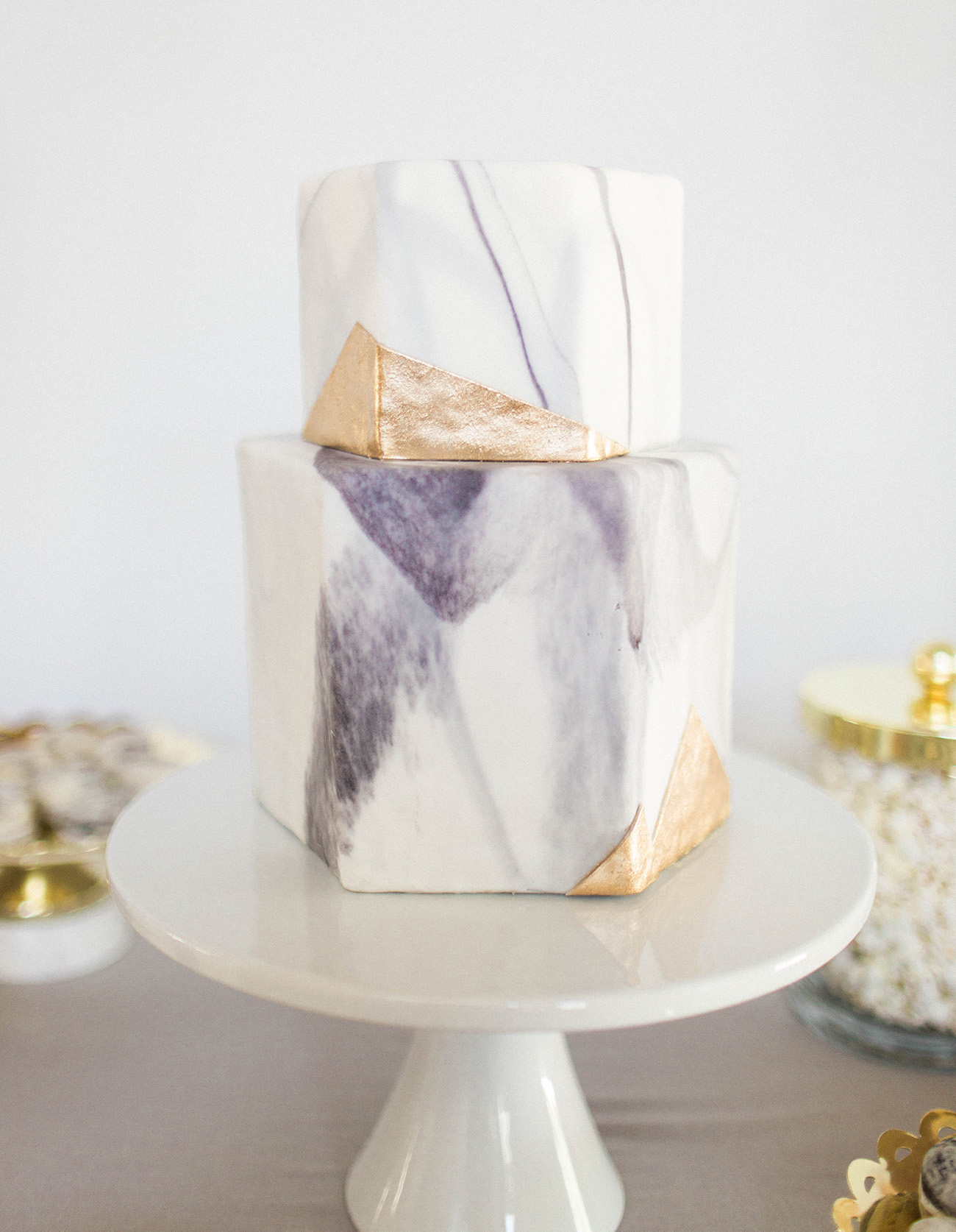 marble inspired wedding cake