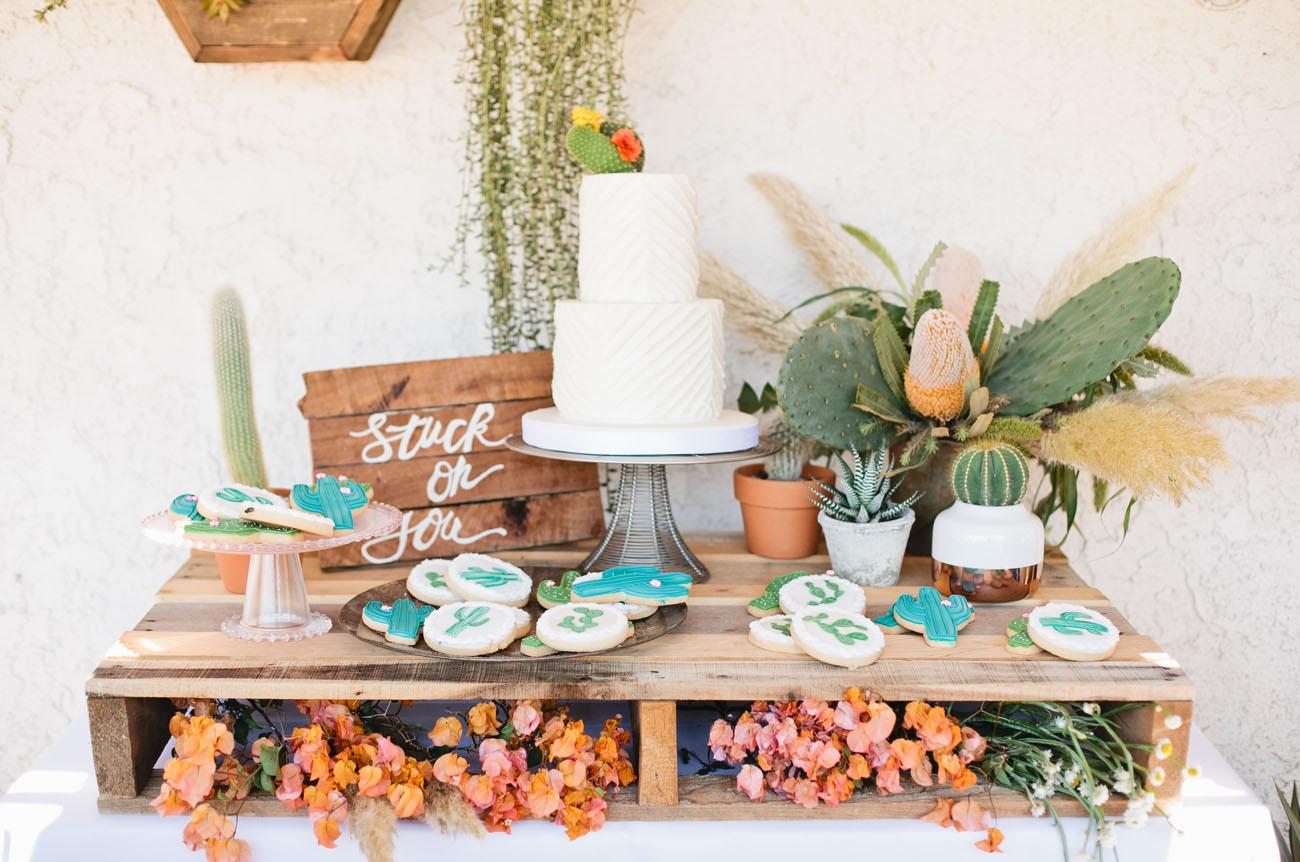 tendance mariage cactus presentation gateau