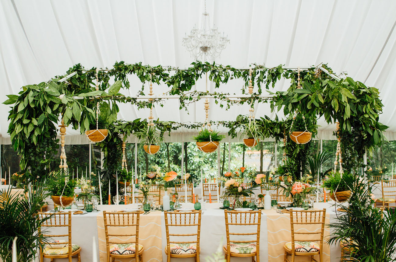Tropical inspired wedding in the english countryside anisa damien tropical uk wedding junglespirit Gallery