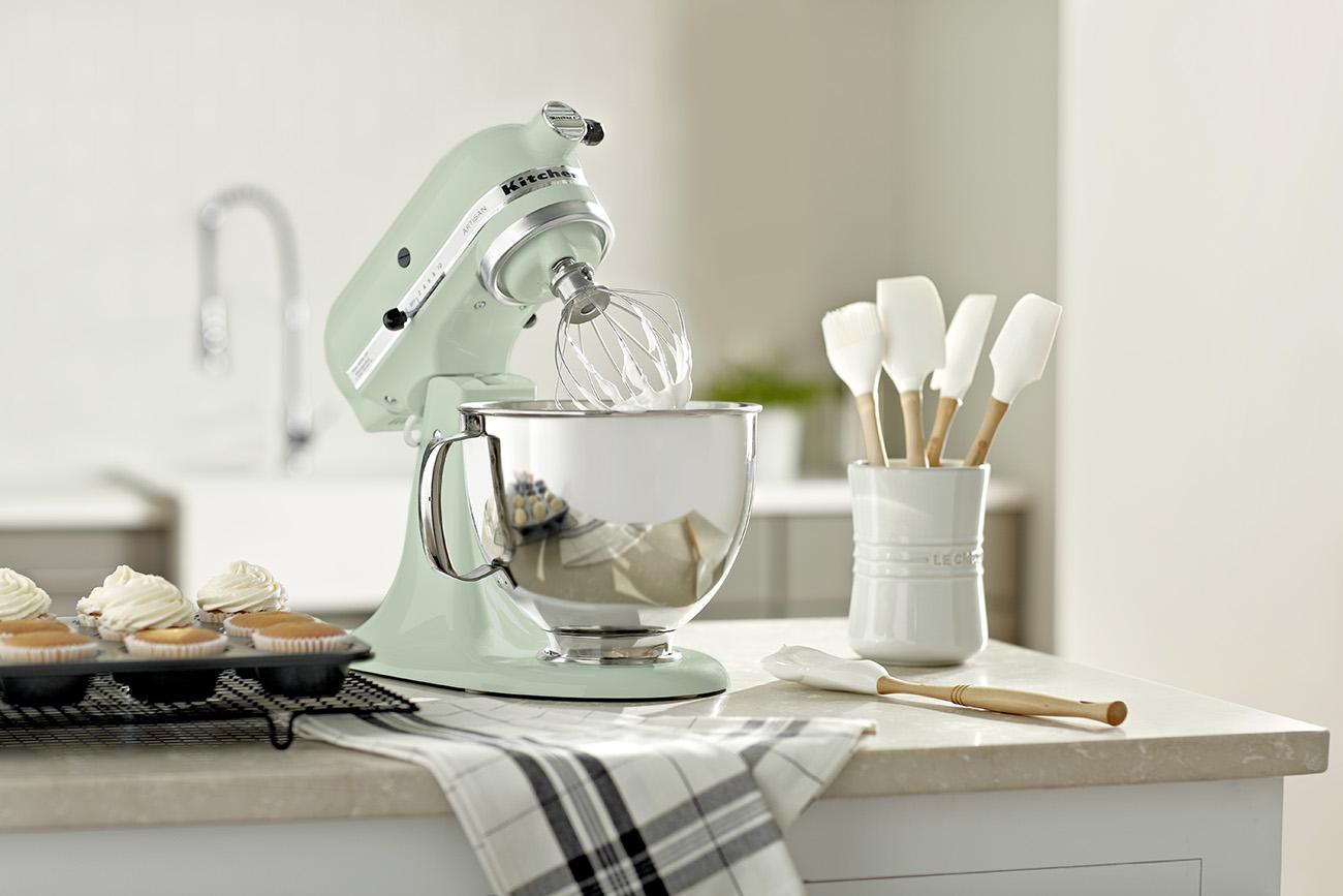 wayfairbridal forthebaker pistachio mixer