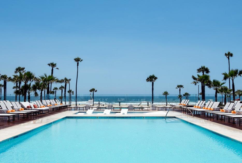 pasea hotel pool