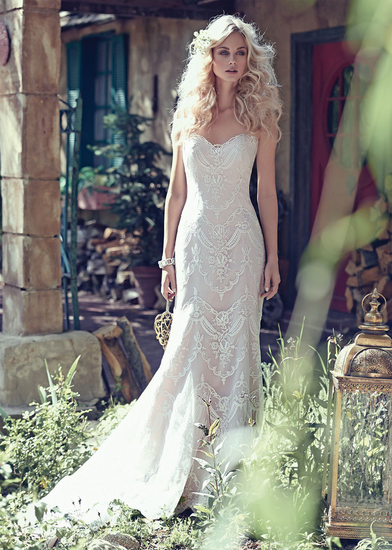 Bohemian Lace Wedding Dress