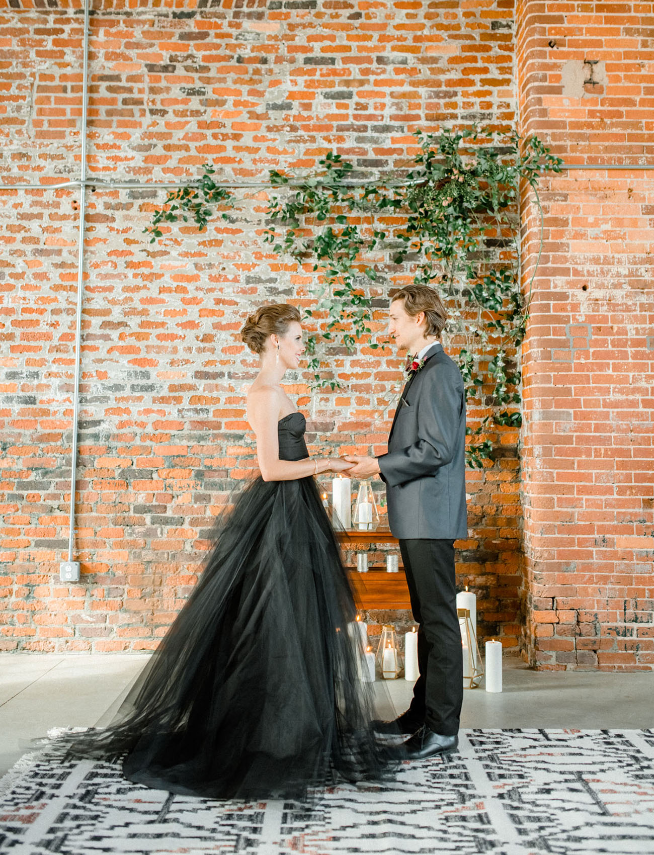 Dark Wedding Inspiration
