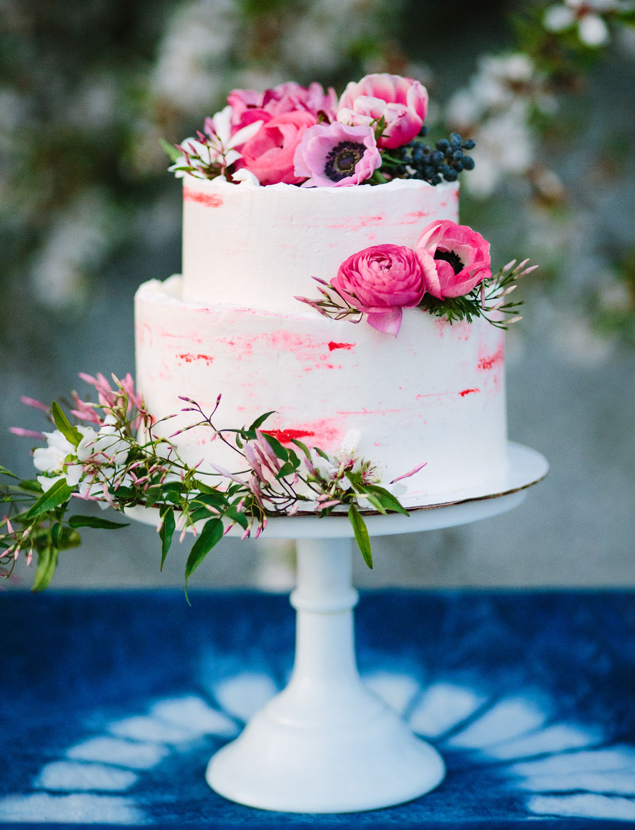 modern wedding cakes pinterest our favorite wedding cakes from 2016 green wedding shoes 17486