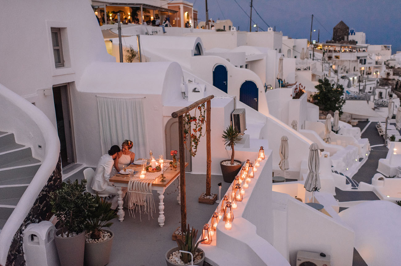 A Bohemian Elopement In Santorini Greece Green Wedding