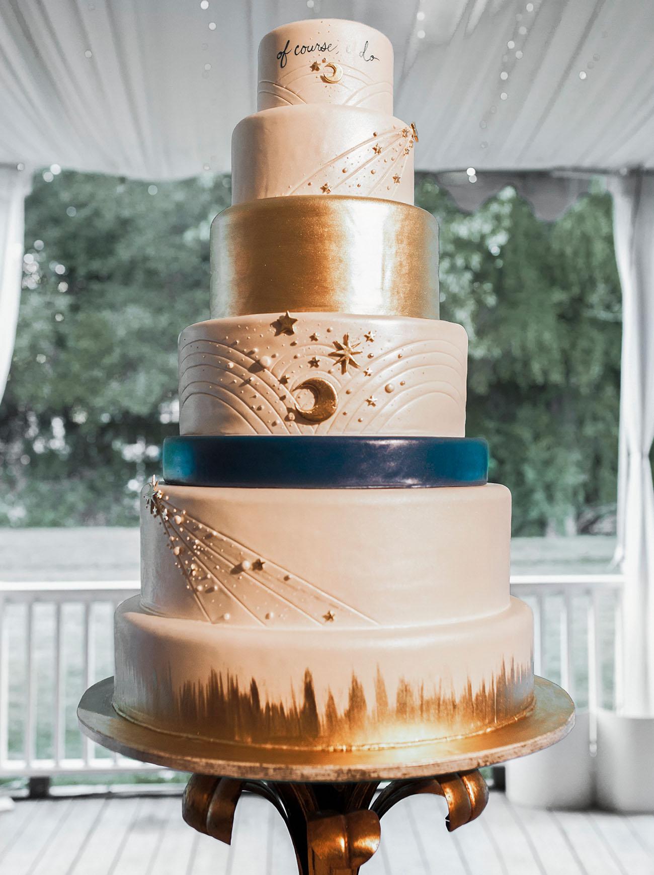 starry gold wedding cake