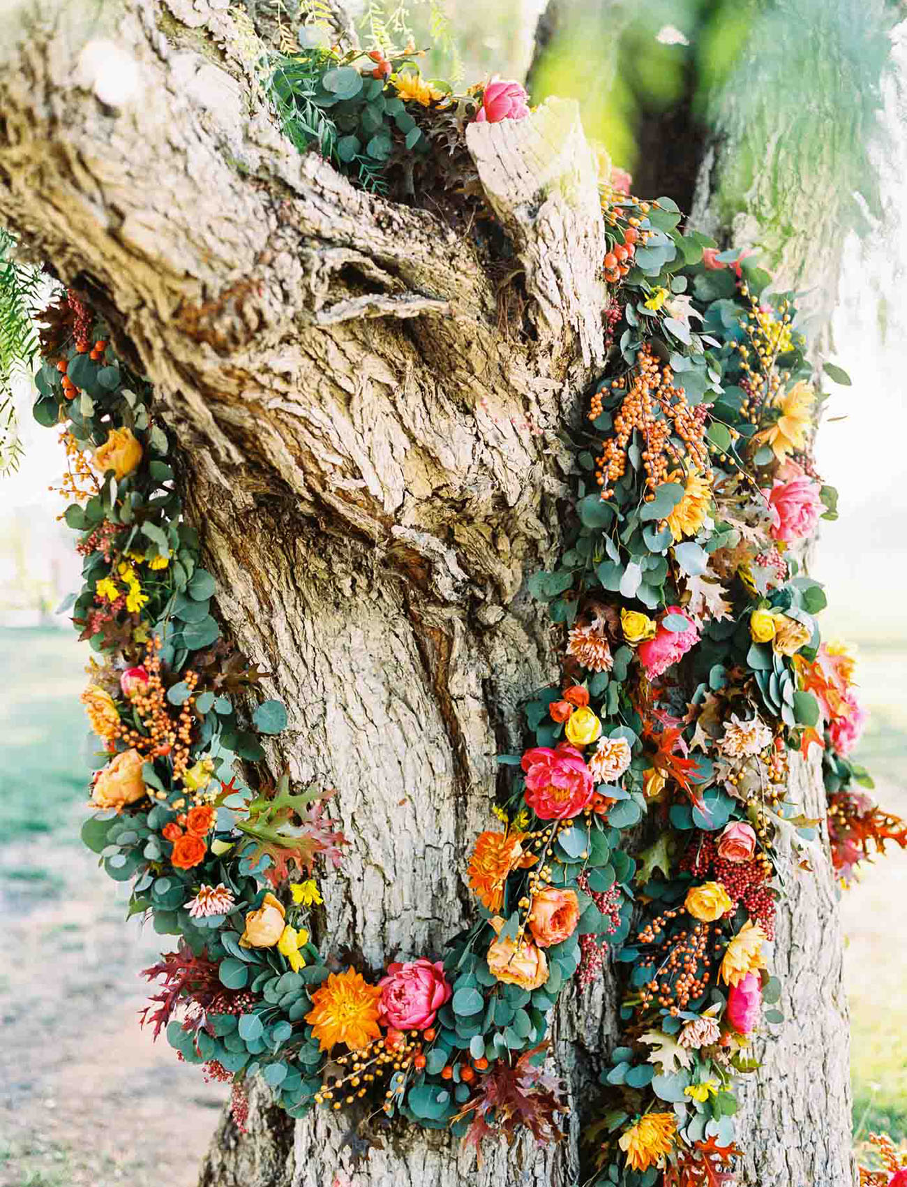 bright tree garland