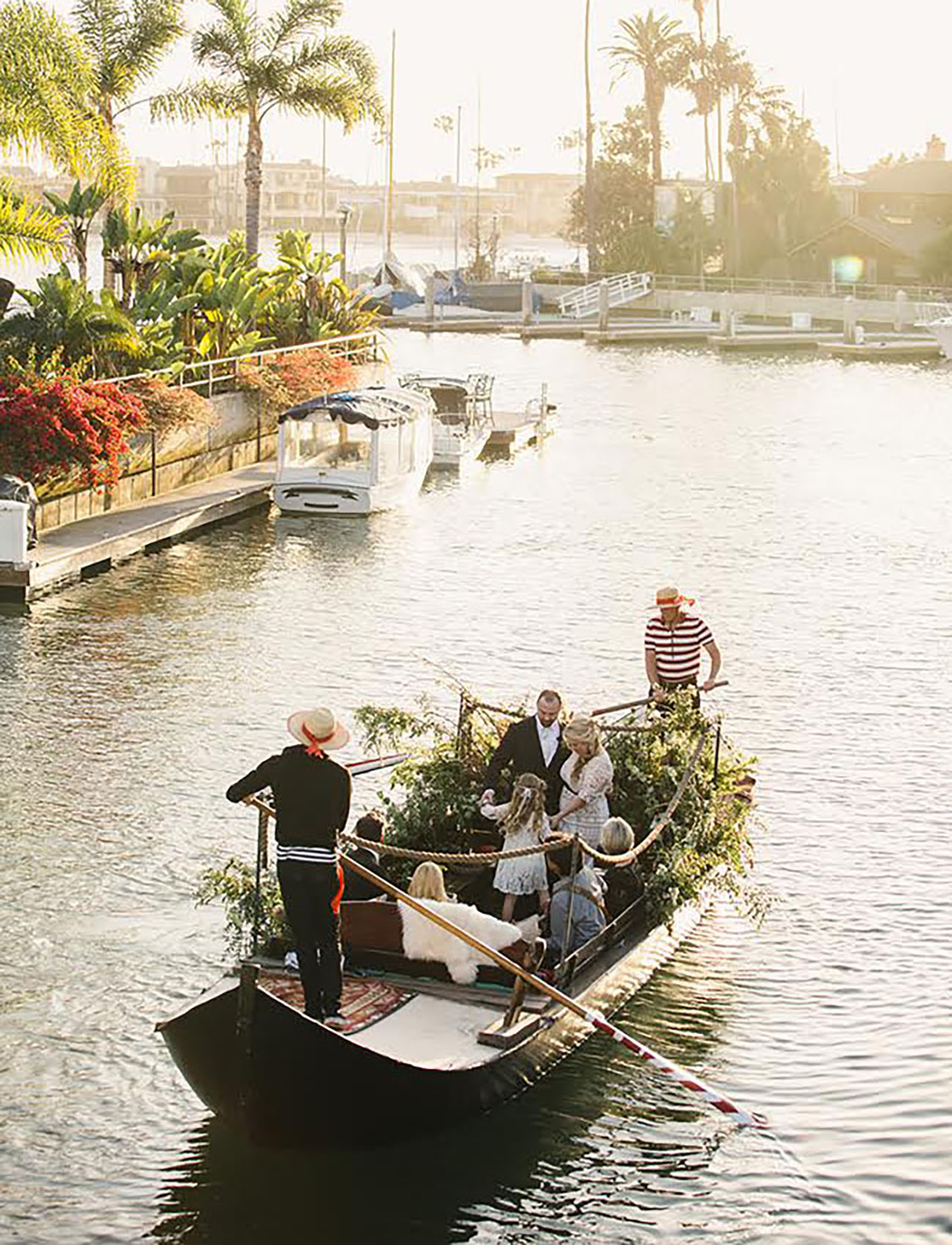 Gondola rides aren't just for Venice Italy, you can score one in the US...fill it with flowers and create a floating elopement venue