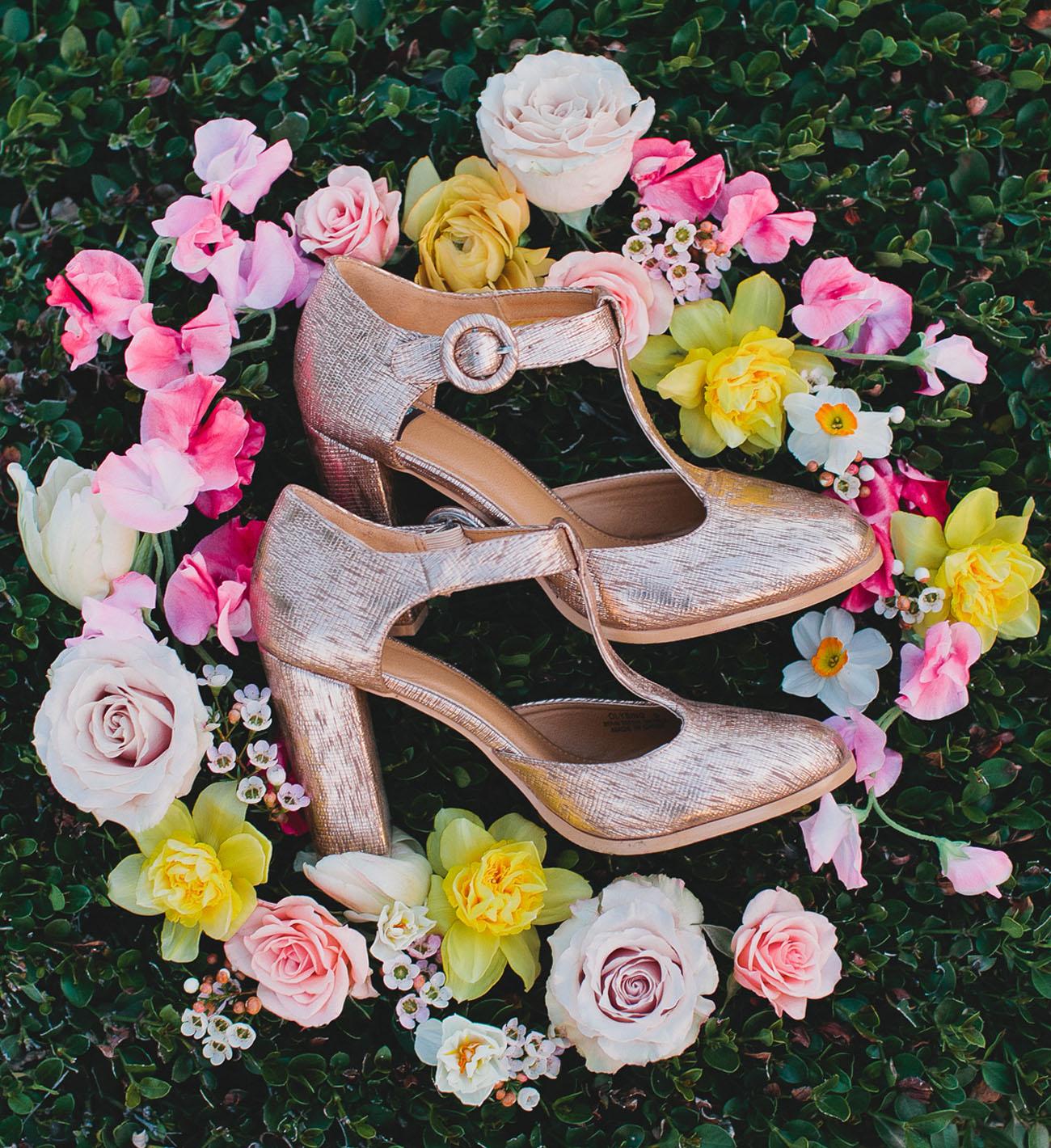 spring heel flat lay