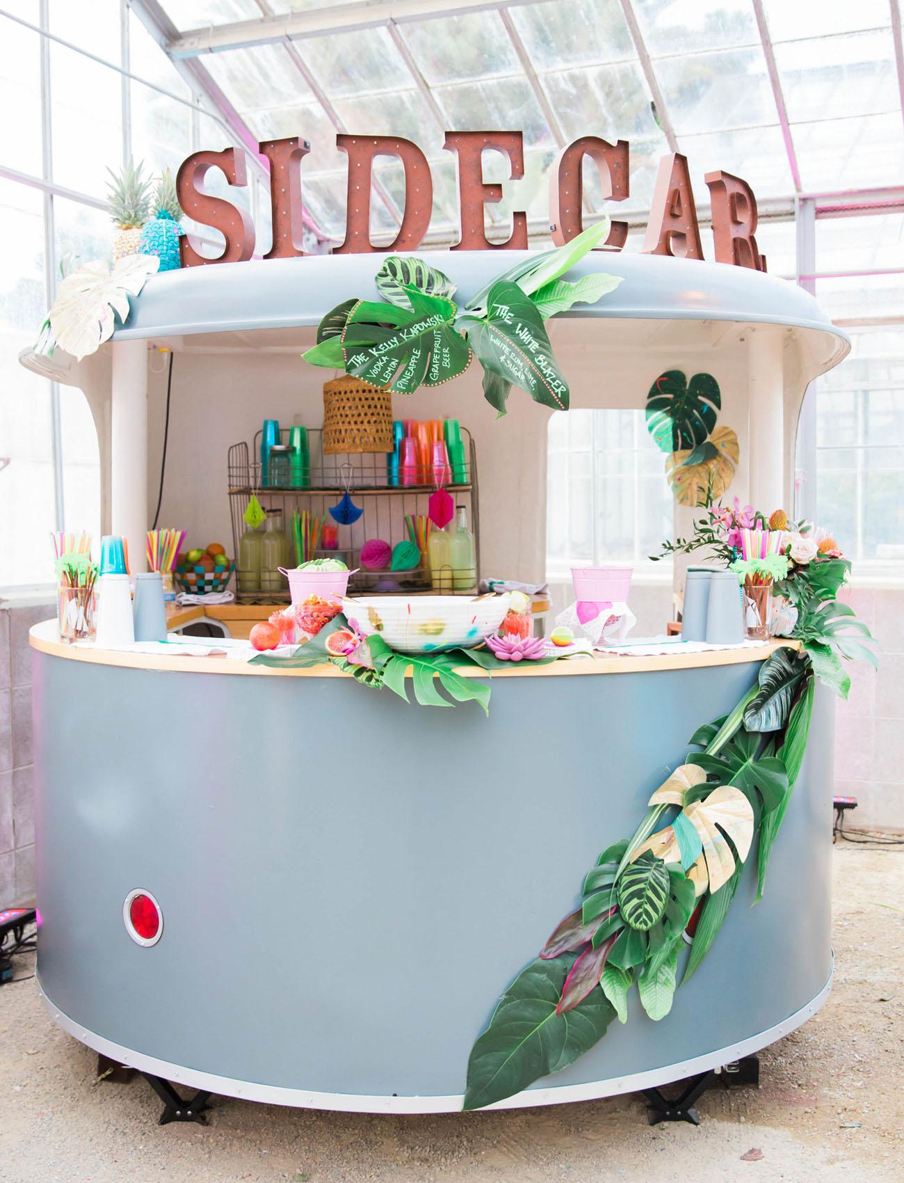 side car tropical bar