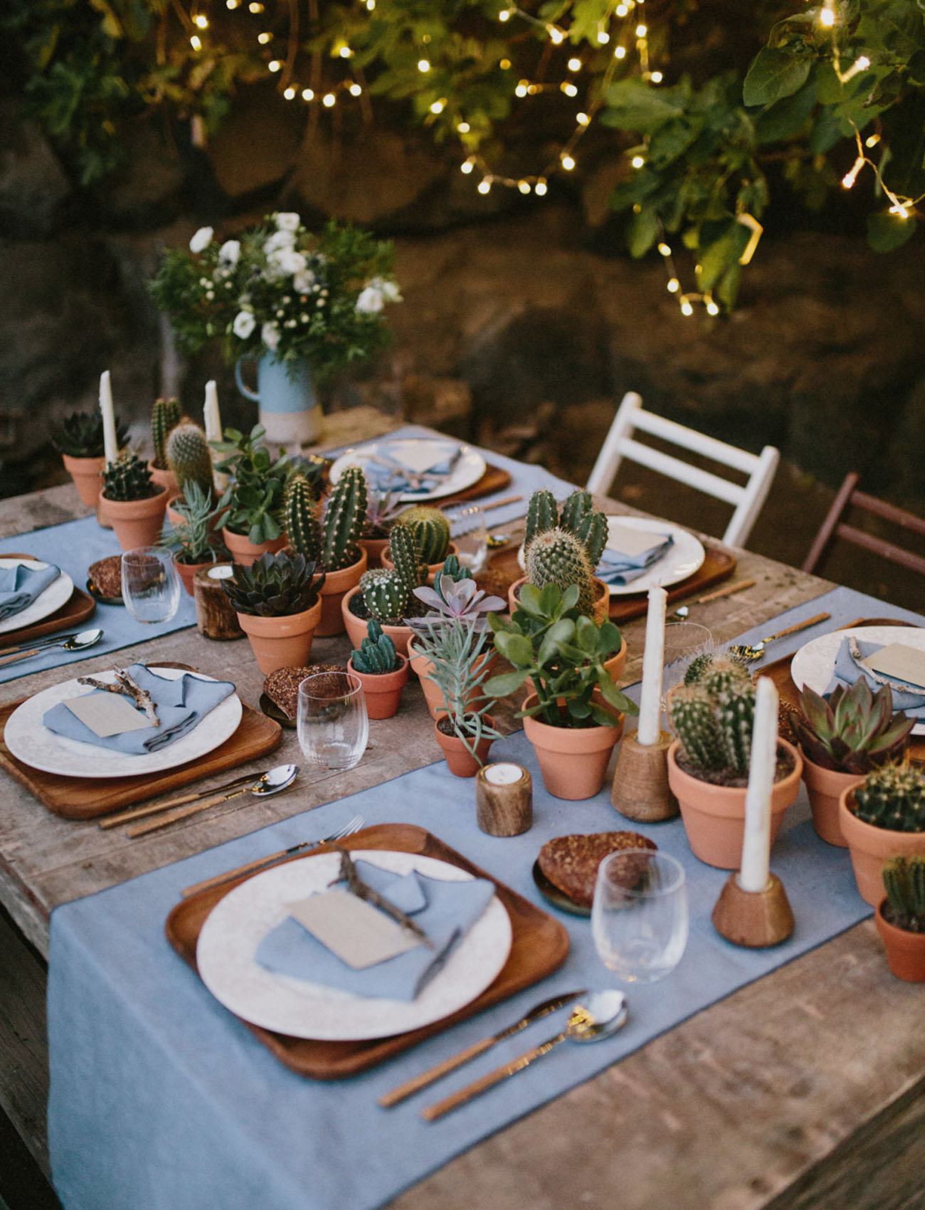 A free spirited elopement on the volcanic island of - Decoration de table vintage ...